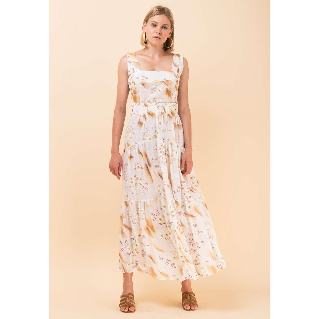 Εμπριμέ φόρεμα με ανάγλυφα κεντήματα