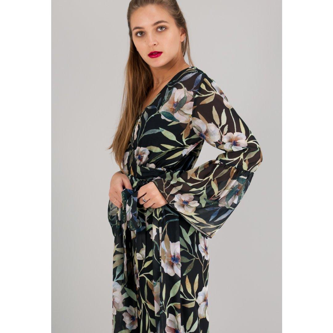 Μακρύ εμπριμέ κρουαζέ φόρεμα σε στυλ ρόμπας. ενδυματα   φορεματα