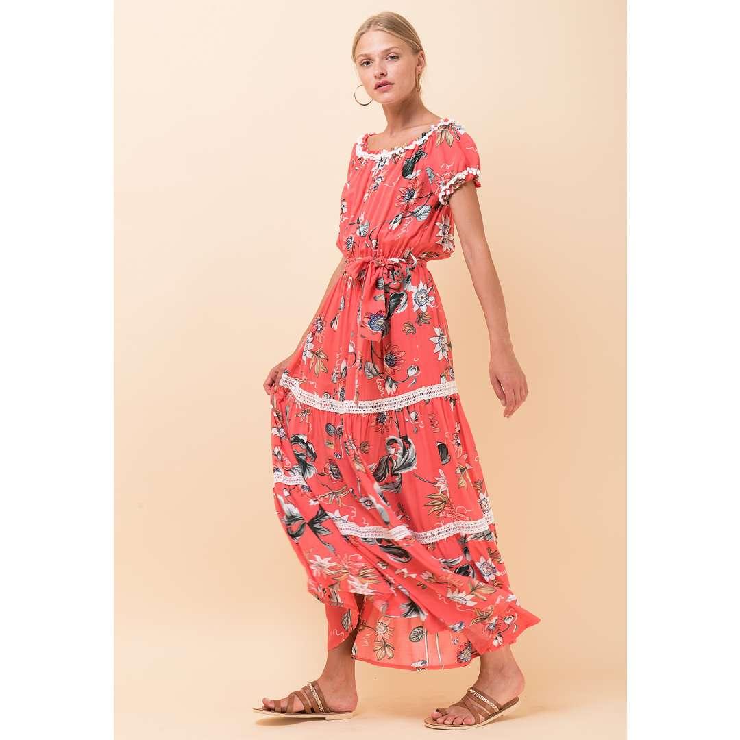 Εμπριμέ φόρεμα με πον πον λεπτομέρεια