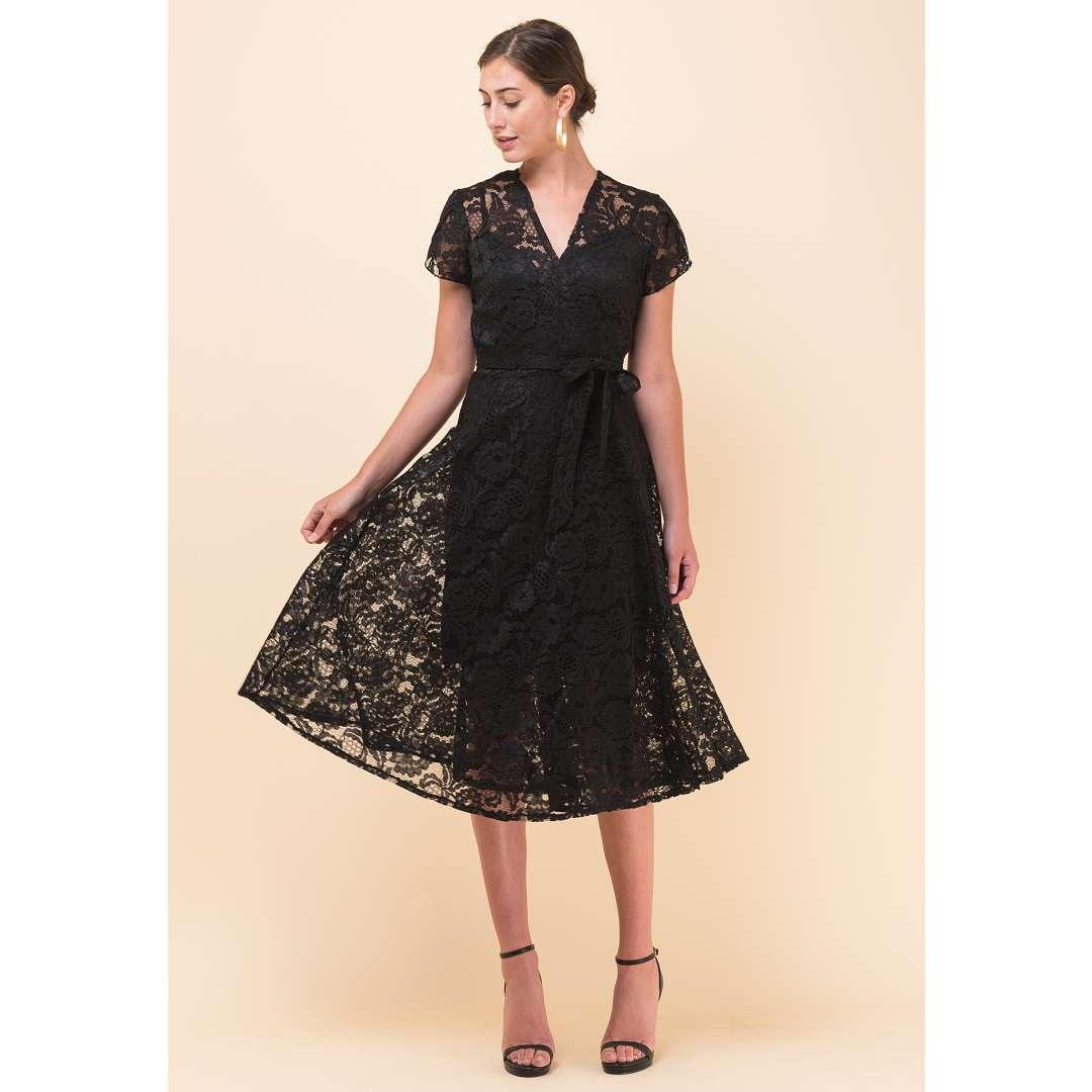 Μίντι δαντελένιο δετό φόρεμα