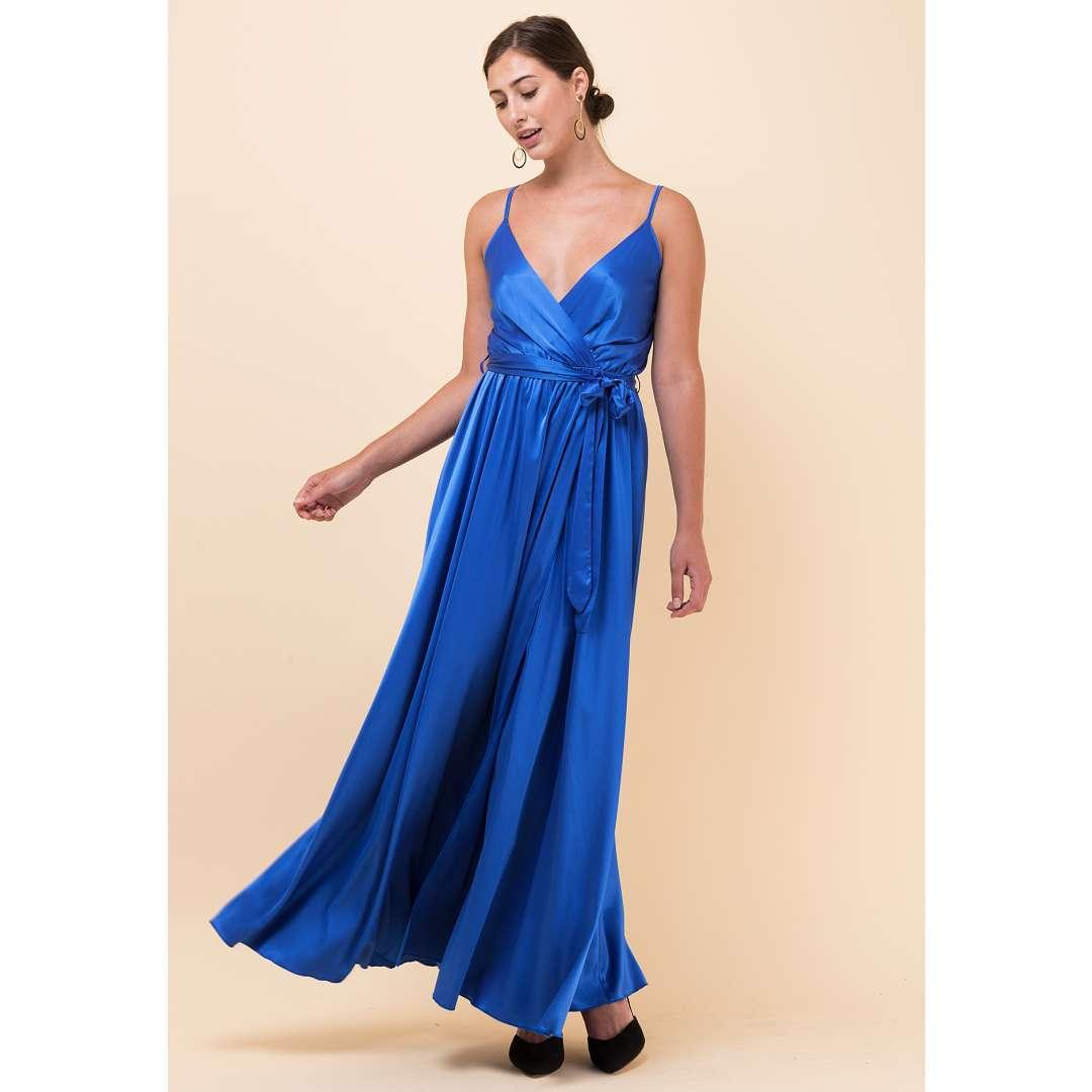 Σατέν κρουαζέ φόρεμα με υφασμάτινη ζώνη