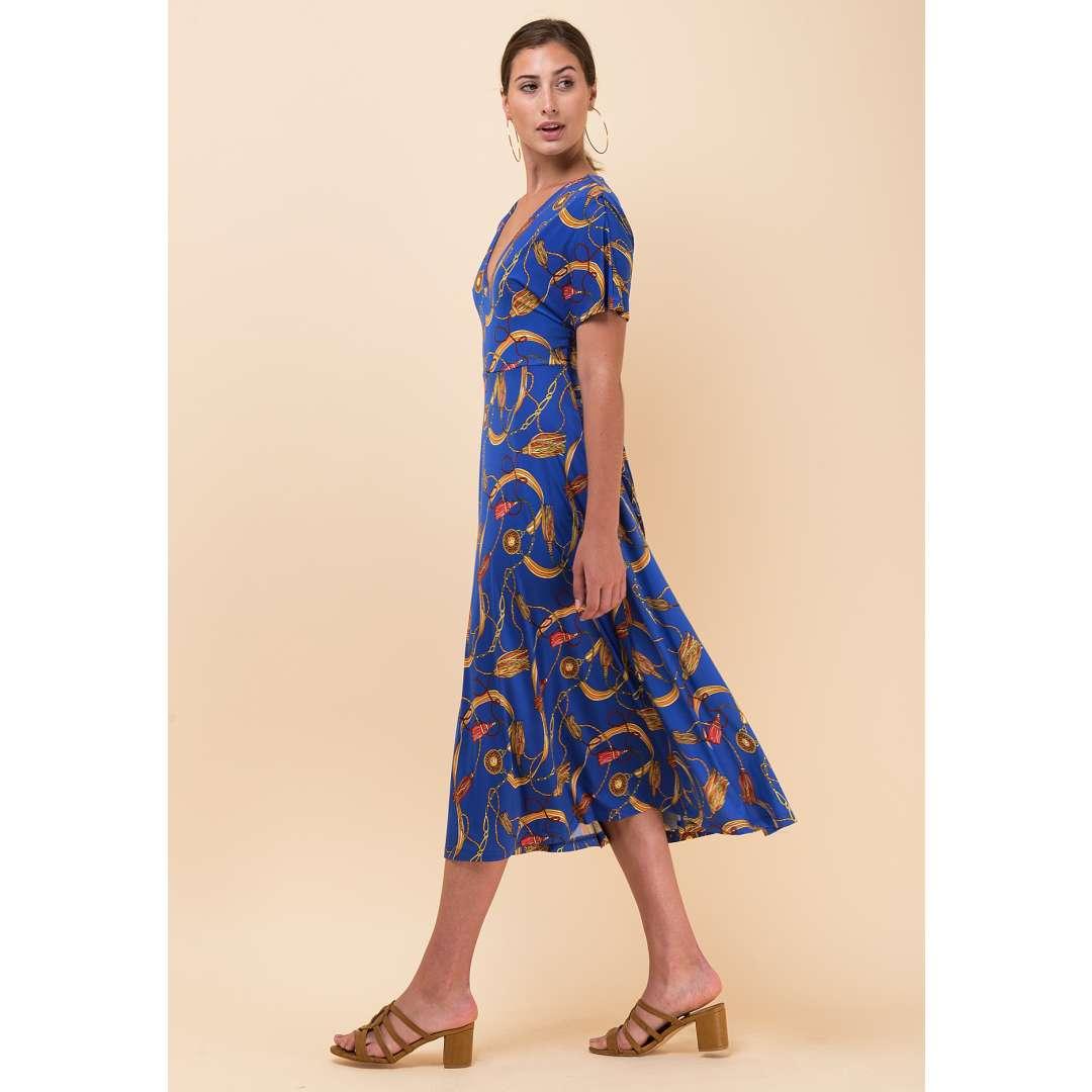 Εμπριμέ φόρεμα με δέσιμο στη μέση