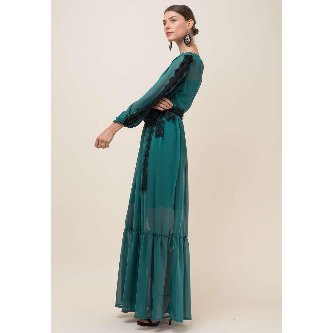 Maxi δετό φόρεμα με δαντέλα στο μανίκι