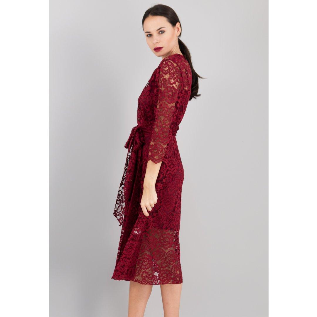 Μίντι μπορντό δαντελένιο φόρεμα σε στυλ ρόμπας. ενδυματα   φορεματα