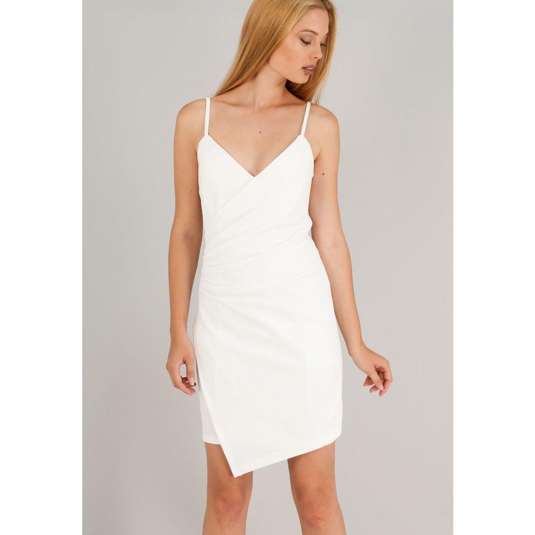 Κοντό φόρεμα με κρουαζέ σχέδιο και σούρες στο πλάι.