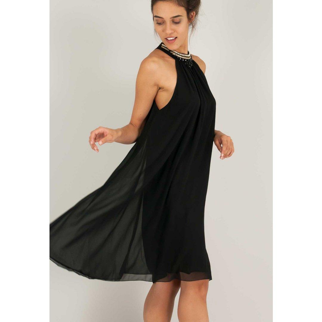 Φόρεμα με μοτίβο με πέτρες στο λαιμό.