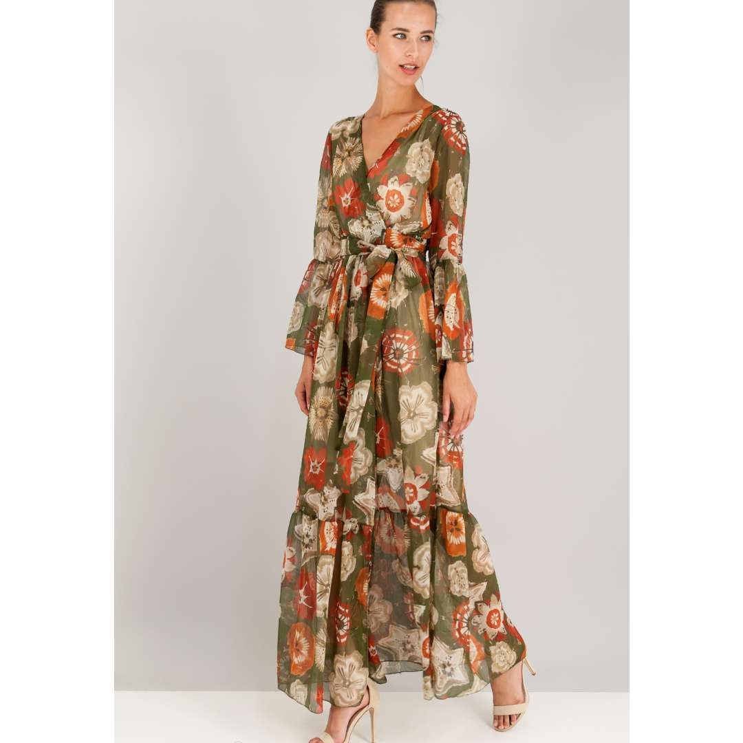 Εμπριμέ κρουαζέ φόρεμα με δέσιμο στη μέση.