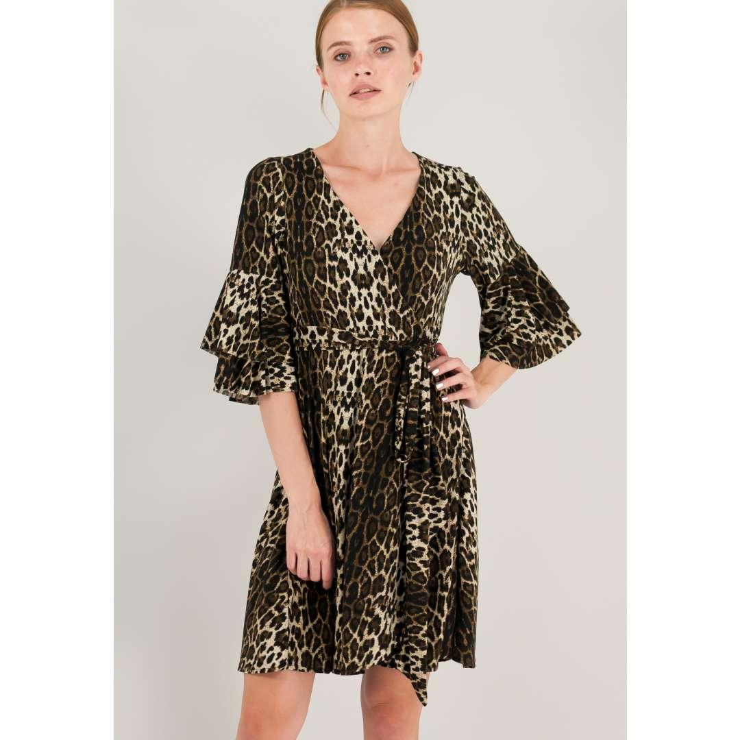 Κρουαζέ animal print φόρεμα με βολάν στα μανίκια.