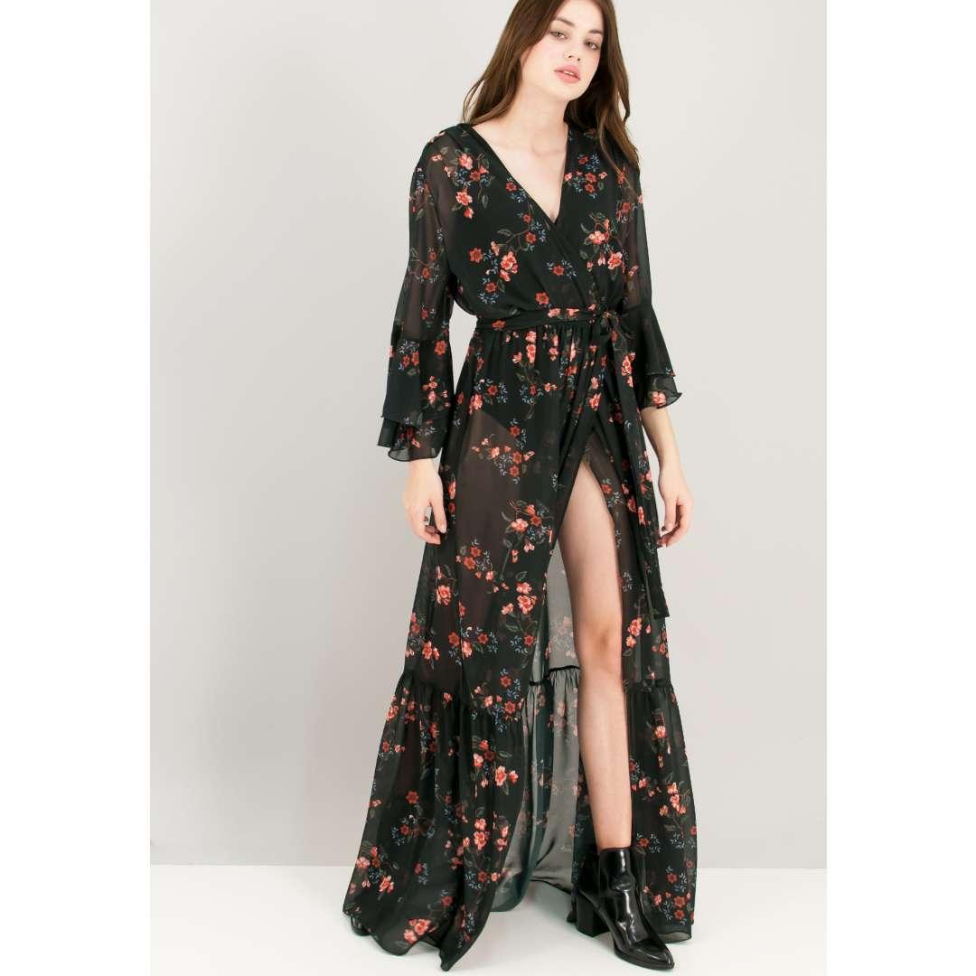 Μάξι εμπριμέ φόρεμα με κρουαζέ δέσιμο στη μέση.