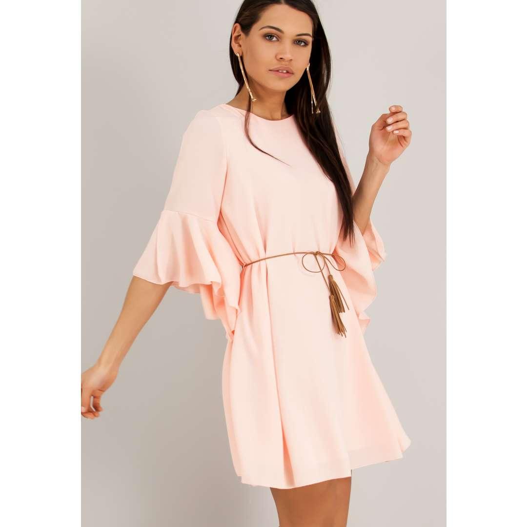 Κοντό φόρεμα με ασύμμετρα μανίκια καμπάνα. ενδυματα   φορεματα