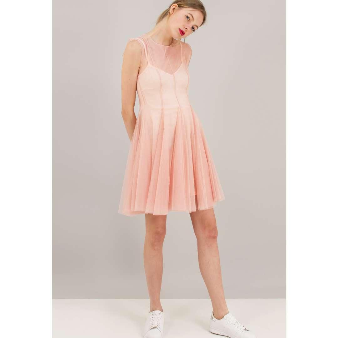 Φόρεμα με αντίθεση από δίχτυ. ενδυματα   φορεματα