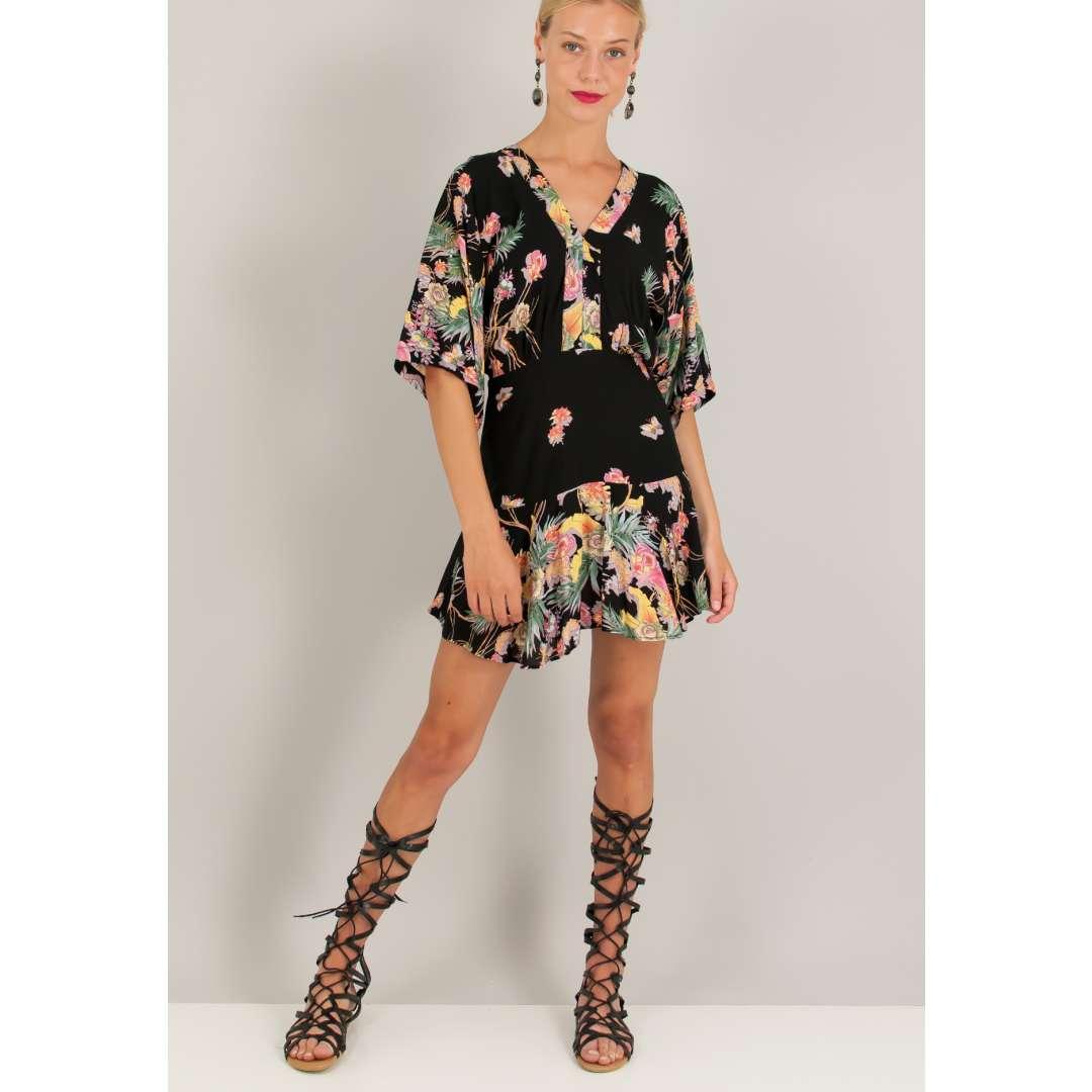 Μίνι εμπριμέ φόρεμα. ενδυματα   φορεματα   εμπριμέ φορέματα