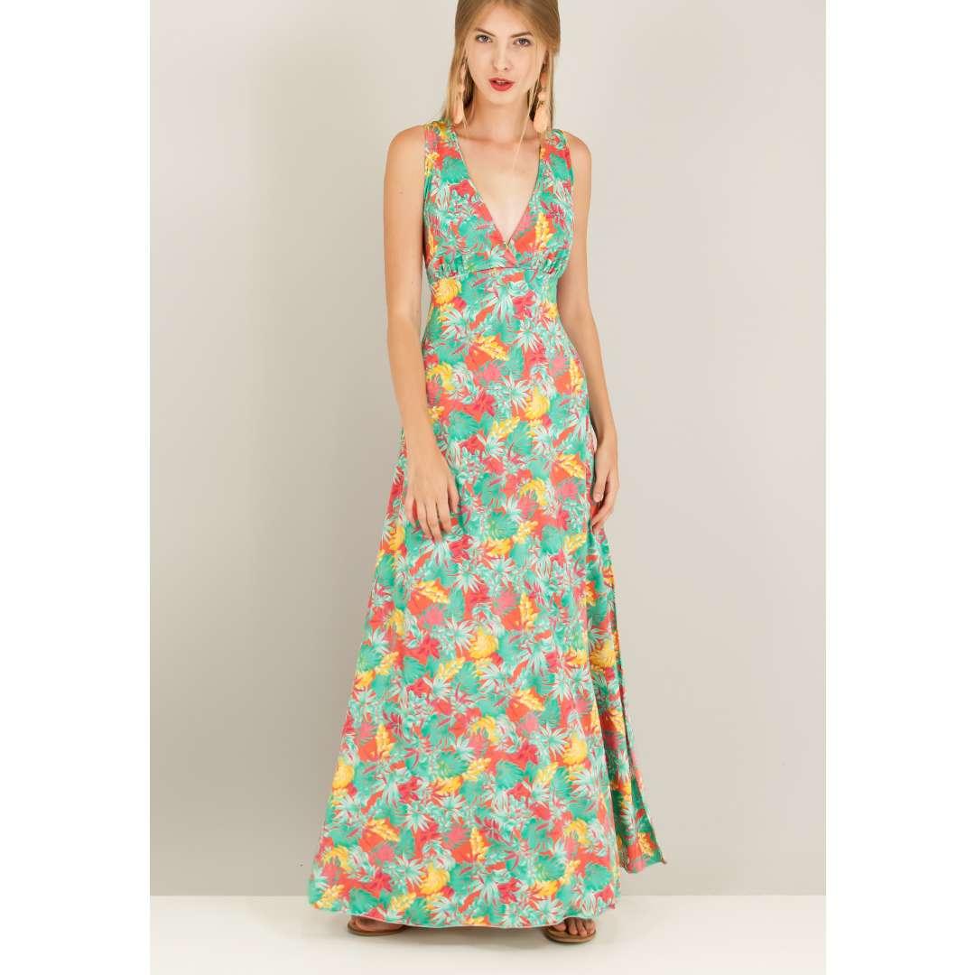 Εμπριμέ φόρεμα με κρουαζέ πλάτη.