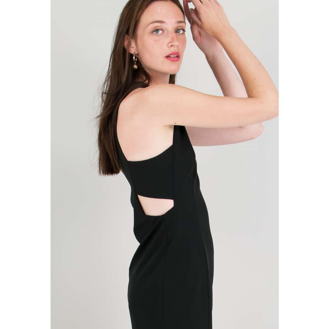 Μίνι φόρεμα με άνοιγματα στο πλάι.
