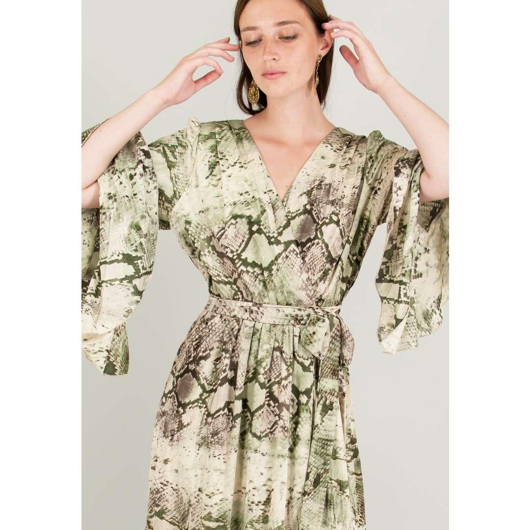 Maxi εμπριμέ δετό κρουαζέ φόρεμα.  5cb546d33c5