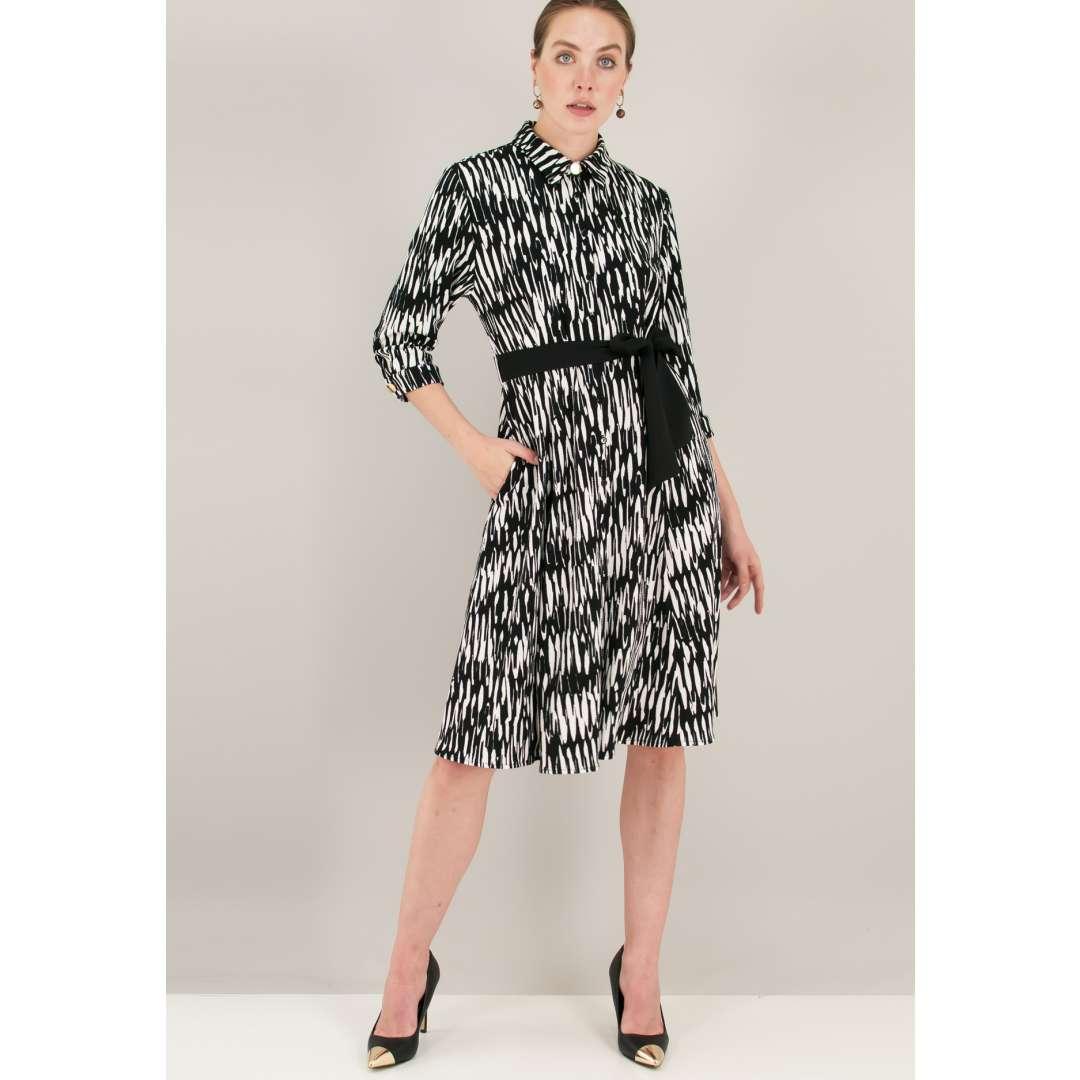 Κοντά Φορέματα · Εμπριμέ φόρεμα σε στιλ πουκάμισο a0b7f51d6c3