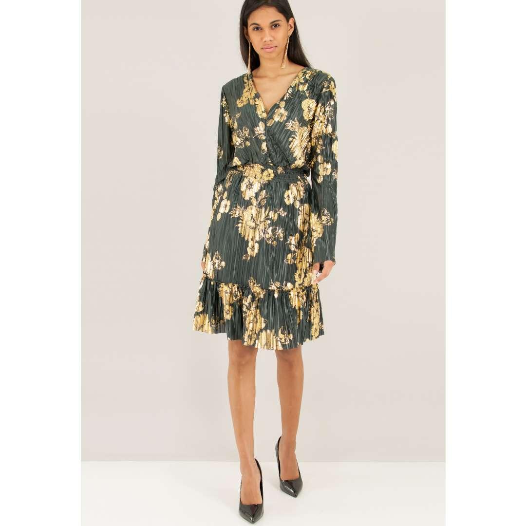 Πλισέ φόρεμα με χρυσό τύπωμα ενδυματα   φορεματα   εμπριμέ φορέματα