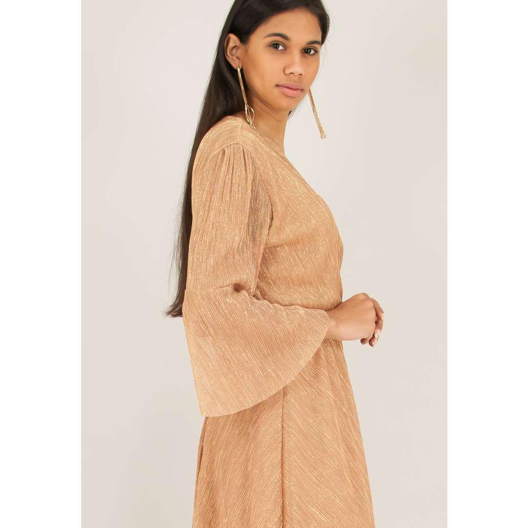 Λούρεξ φόρεμα σε στιλ ρόμπας ενδυματα   φορεματα   μίντι φορέματα