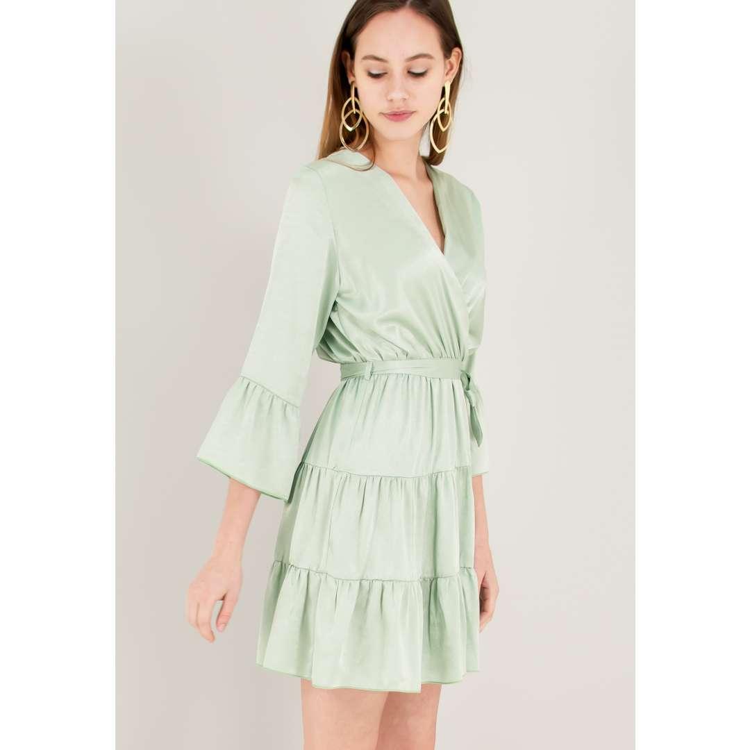 Σατέν κρουαζέ φόρεμα
