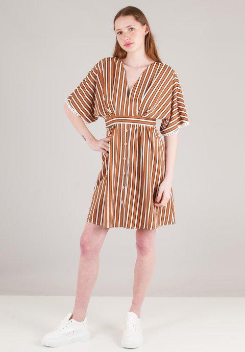 Γυναικεία ρούχα υψηλής αισθητικής c4a902251de