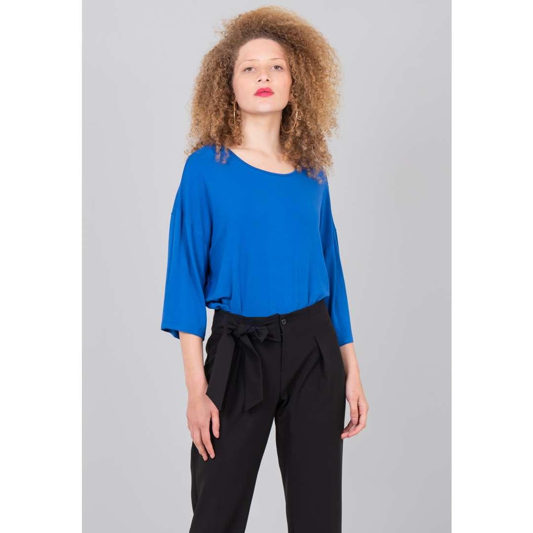 Μονόχρωμη μπλούζα με φαρδύ μανίκι ενδυματα   μπλουζεσ τοπ   basic μπλούζες