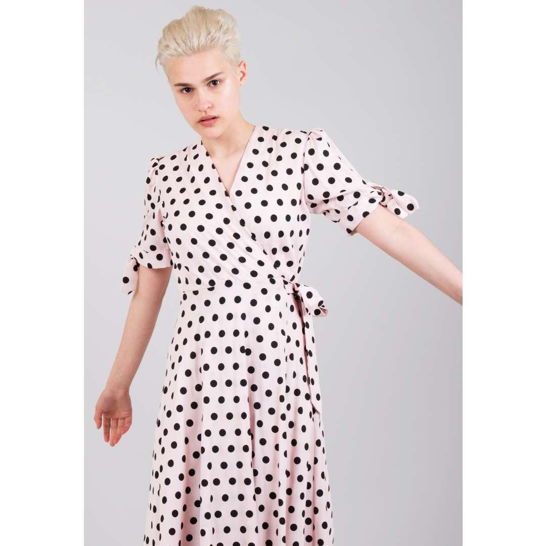 Δετό πουά φόρεμα ενδυματα   φορεματα   μίντι φορέματα
